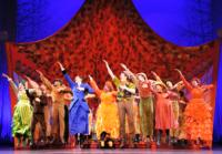 BWW Reviews: A Jolly, and Not-So-Jolly, Holiday with MARY POPPINS