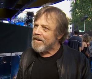 Mark Hamill Reveals Details from Set of STAR WARS
