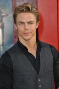 Derek Hough, Chelsie Hightower Appear at Lakeland College, Sheboygan Symphony Fundraiser Today