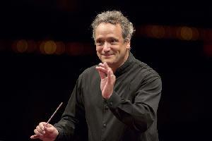 Lincoln Center Extends Contract of Music Director Louis Langrée Through the 2017 Season
