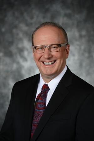 Des Moines Performing Arts' Jeff Chelesvig Re-Elected to Broadway League's Board of Governors and Executive Committee