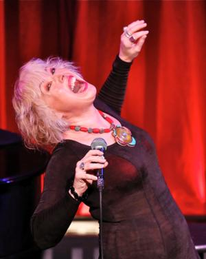 BWW Reviews: Even When Dancing In the Dark, BARB JUNGR's Transformative Vocal Interpretations Illuminate Classic Pop Songs