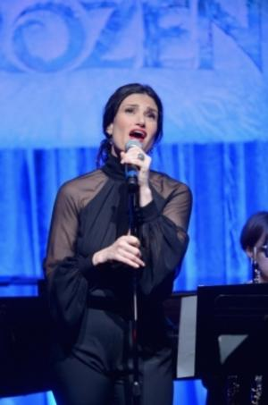 Idina Menzel Shares Excitement on Twitter: 'I'm Singing on the Oscars!'