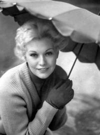 Turner Classic Movies to Celebrate Career of Actress Kim Novak, 3/6
