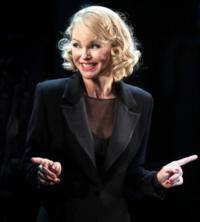 Christie Brinkley to Star In CHICAGO at Citi Wang Theatre, 11/1-4