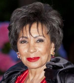 Shirley Bassey to Make Rare Appearance at amFAR's Inspiration Gala