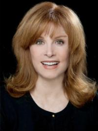 Stefanie-Powers-to-Replace-Valerie-Harper-in-National-Tour-of-LOOPED-20130128