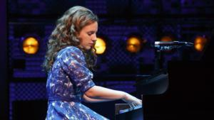 BEAUTIFUL - THE CAROLE KING MUSICAL Coming to Providence Performing Arts Center in 2015
