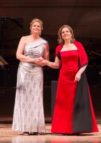 RENEE-FLEMING-AND-SUSAN-GRAHAM-DELIGHT-CARNEGIE-HALL-12712-20010101