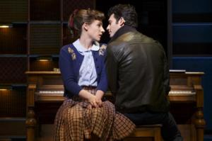 Review Roundup: BEAUTIFUL: THE CAROLE KING MUSICAL Opens on Broadway - UPDATING LIVE!