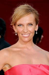 Dada-Films-Picks-Up-MENTAL-Starring-Toni-Collette-20130129