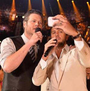 Blake Shelton & Luke Bryan to Return as Hosts of 50TH ANNUAL ACADEMY OF COUNTRY MUSIC AWARDS
