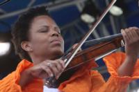 Jazz Violinist Regina Carter Joins OU Jazz Quartet for Movie Music Concert Today