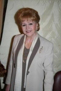 Debbie-Reynolds-Returns-to-Drury-Lane-Theatre-917-18-20010101