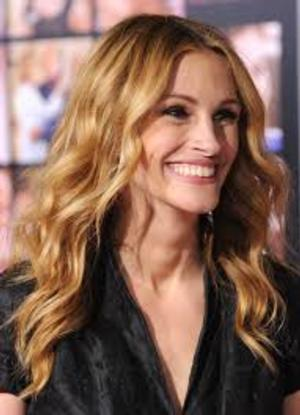 Julia Roberts Receives Hollywood Film Award for 'OSAGE COUNTY' Performance Today