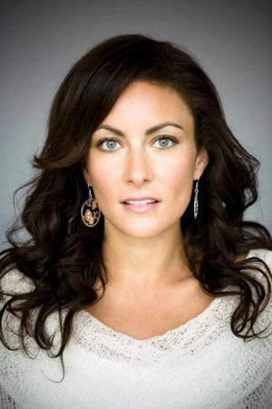 Tony Winner Laura Benanti Set for Recurring Role on ABC's NASHVILLE
