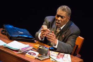 BWW Reviews: Upstream Theater's Remarkable BASHIR LAZHAR