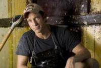 Mike Rowe Hosts 3-Part Discovery Series HOW BOOZE BUILT AMERICA, Beg. Tonight, 9/19