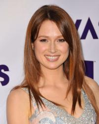 'The Office's Ellie Kemper to Guest Voice on FOX's AMERICAN DAD
