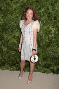 DVF and Anna Wintour Auction 'Amazing Fashion Experiences' for Sandy Relief