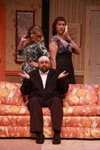 BWW-Reviews-Run-For-RUN-FOR-YOUR-WIFE-at-Dutch-Apple-20010101