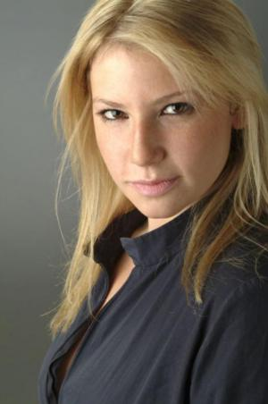 Ari Graynor, Jerry O'Connell & More to Lead Bess Wohl's AMERICAN HERO at Second Stage Theatre; Performances Begin 5/12