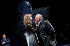 Town Hall Theater Screens KING LEAR Live from London Today