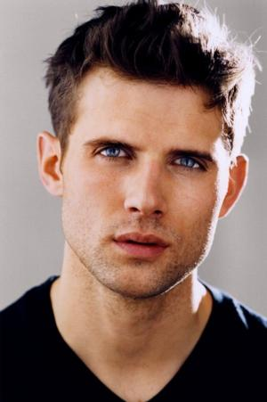 BWW Interview: PIPPIN's Kyle Dean Massey Talks the Benefits of Broadway Coaching Through Stagelighter.com