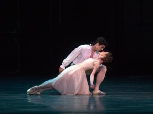 BWW Reviews: American Ballet Theatre's MANON