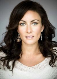 Broadway Records Releases Live Album of Laura Benanti at 54 Below Today
