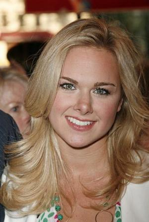 Laura Bell Bundy Donates Walk-On Role in ANGER MANAGEMENT to American Heart Association