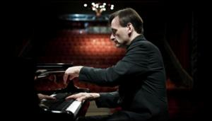 Pianist Stephen Hough to Perform Recital at Alice Tully Hall, 4/13