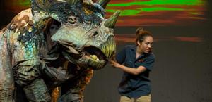 ERTH'S DINOSAUR ZOO LIVE to Run 7/8-20 at Panasonic Theatre