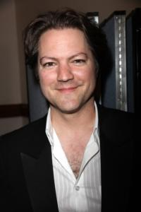 Robert-Petkoff-Joins-the-Cast-of-AMAZING-GRACE-the-New-Musical-20010101