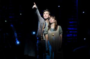 BWW Reviews: Strong Cast and Inventive Stagecraft Buoys Slow-Going STARCATCHER