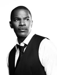 Jamie Foxx in Talks to Play 'Electro' in Sequel to THE AMAZING SPIDERMAN