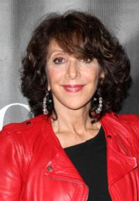 PIPPIN's Andrea Martin Wins Best Featured Actress, Musical