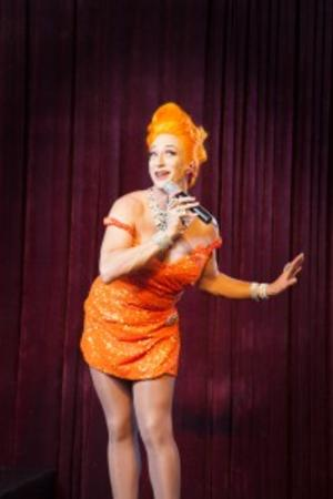 BWW Reviews: ADELAIDE CABARET FRINGE 2014: 50 FOREVER CANDY CHAMBERS You Can't Get Too Much Candy