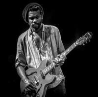 Gary-Clark-Jr-to-Headline-Harlems-Apollo-Theater-1114-20130708