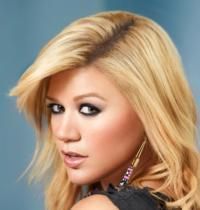 AMERICAN IDOL's Kelly Clarkson Announces Engagement