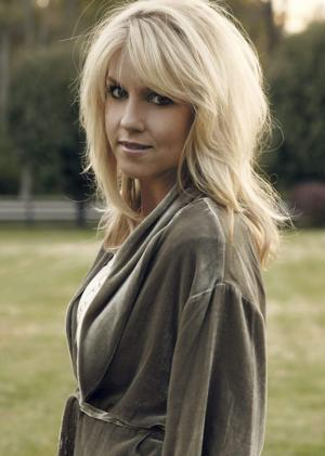 BWW Interviews: Award-Winning Singer/Songwriter Nichole Nordeman Talks THE STORY TOUR, Playing Patriot Center, 12/10