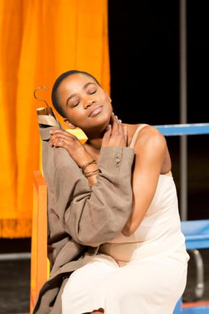 BWW Reviews: An Intimate Evening with Peter Brook's Company and THE SUIT