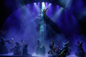 BWW Reviews: WICKED Defies Gravity in Fresno