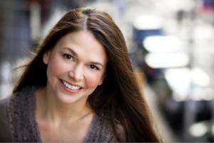 It's Official! Sutton Foster to Return to Broadway in VIOLET; Show Set for Limited Run at American Airlines Theatre Starting in Late March