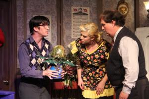 BWW Reviews: LITTLE SHOP OF HORRORS at the Carrollwood Players