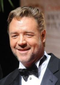 Russell-Crowe-20010101