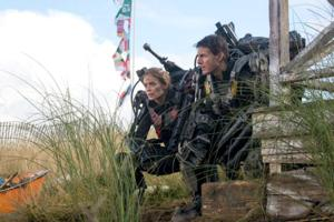 Review Roundup: Tom Cruise and Emily Blunt Star in Sci-fi Thirller EDGE OF TOMORROW