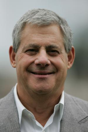 Cameron Mackintosh to Acquire West End's Victoria Palace and Ambassadors, Will Rename for Sondheim