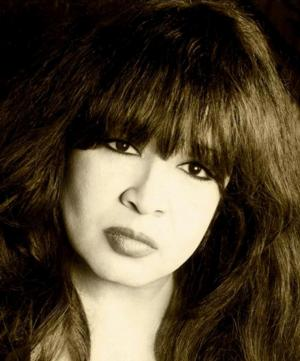 Ronnie Spector to Bring BEYOND THE BEEHIVE to Bridge Street Live, 5/31