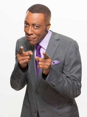 Arsenio Hall Unharmed in Minor Car Accident